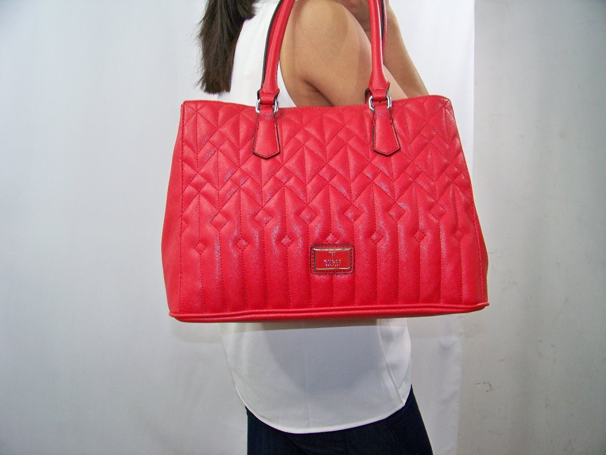 5cb2b4ac Bolsa Para Dama Guess Roja Original - $ 1,750.00 en Mercado Libre