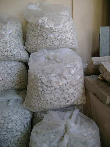bolsa piedra marmol blanco granza 4 cm x 55 kg mercadolider