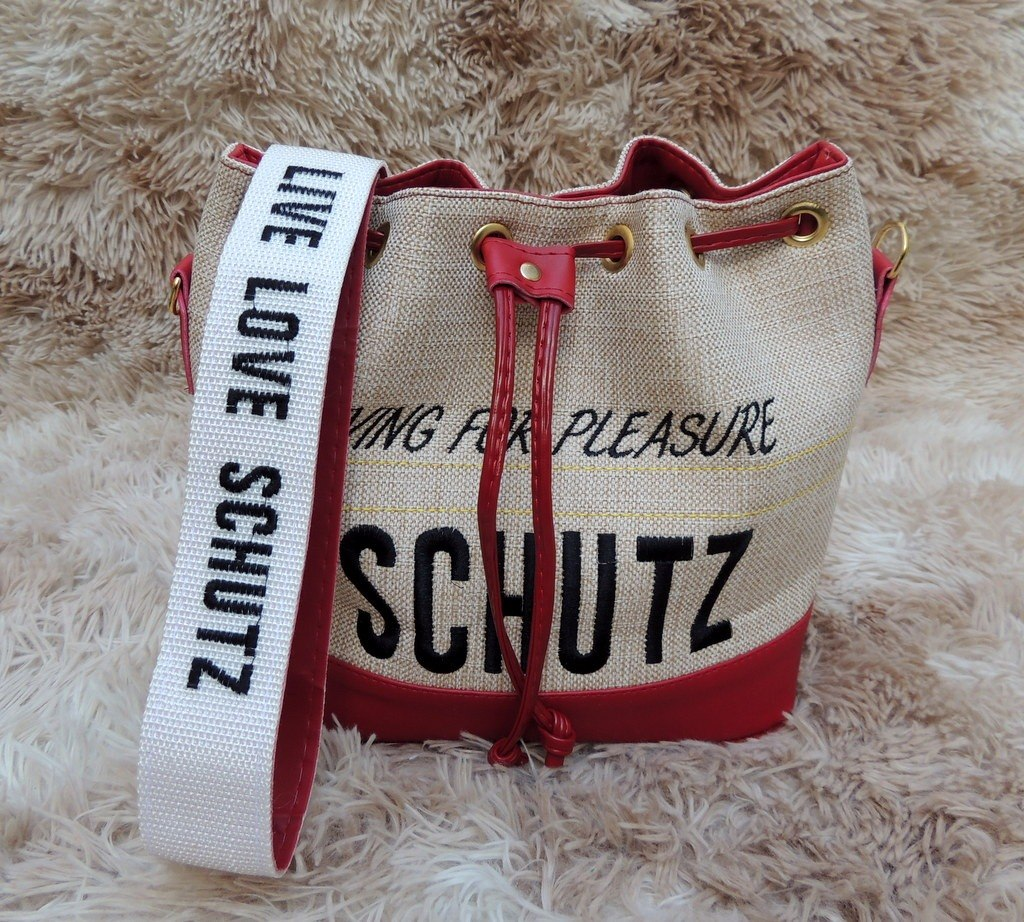 41f637736 Bolsa Saco Bucket Bag Couro Eco Cor Vermelha - R$ 139,99 em Mercado ...