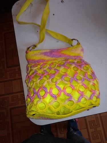 bolsa tejida con fichas de refresco