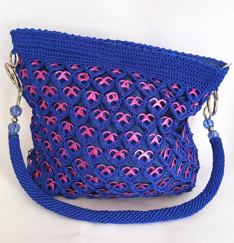 bolsa tejida con fichas de refresco cruzadas