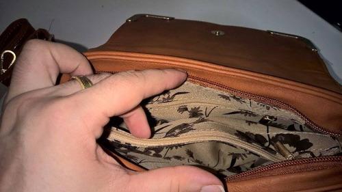 bolsa tian yuan marrom com detalhes dourados