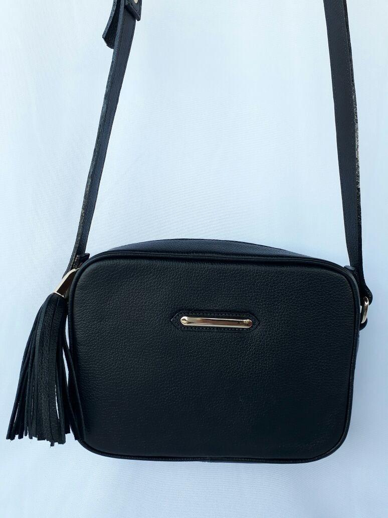 77b3882dca6d3 bolsa tiracolo feminina de couro preto com frete gratis. Carregando zoom.