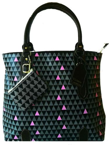 bolsa tiracolo mão feminina luxo executiva triangle promoção