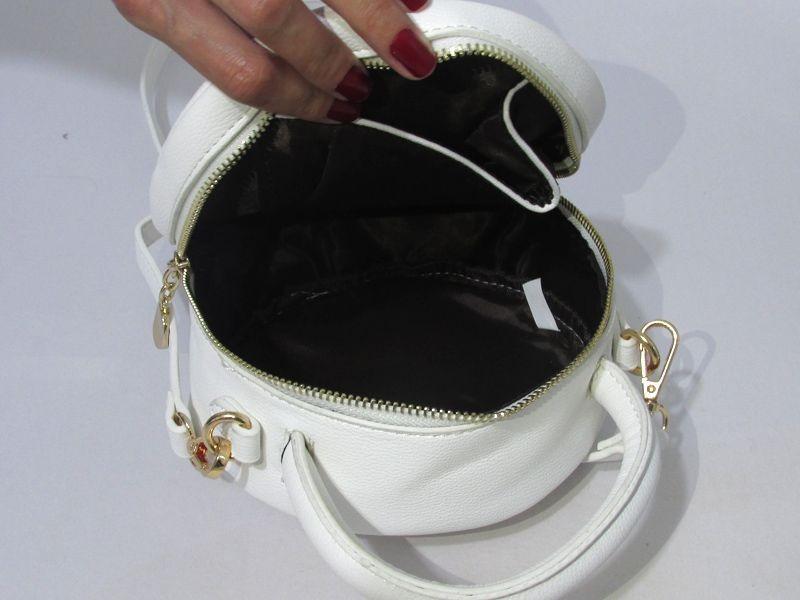 3a1688a209 bolsa tiracolo redonda alça transversal feminina aplicações. Carregando zoom .