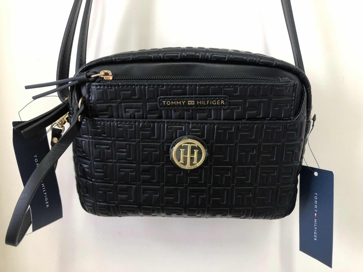 b726809a9 Bolsa Tommy Hilfiger Crossbody Preta Pequena - R$ 270,00 em Mercado ...
