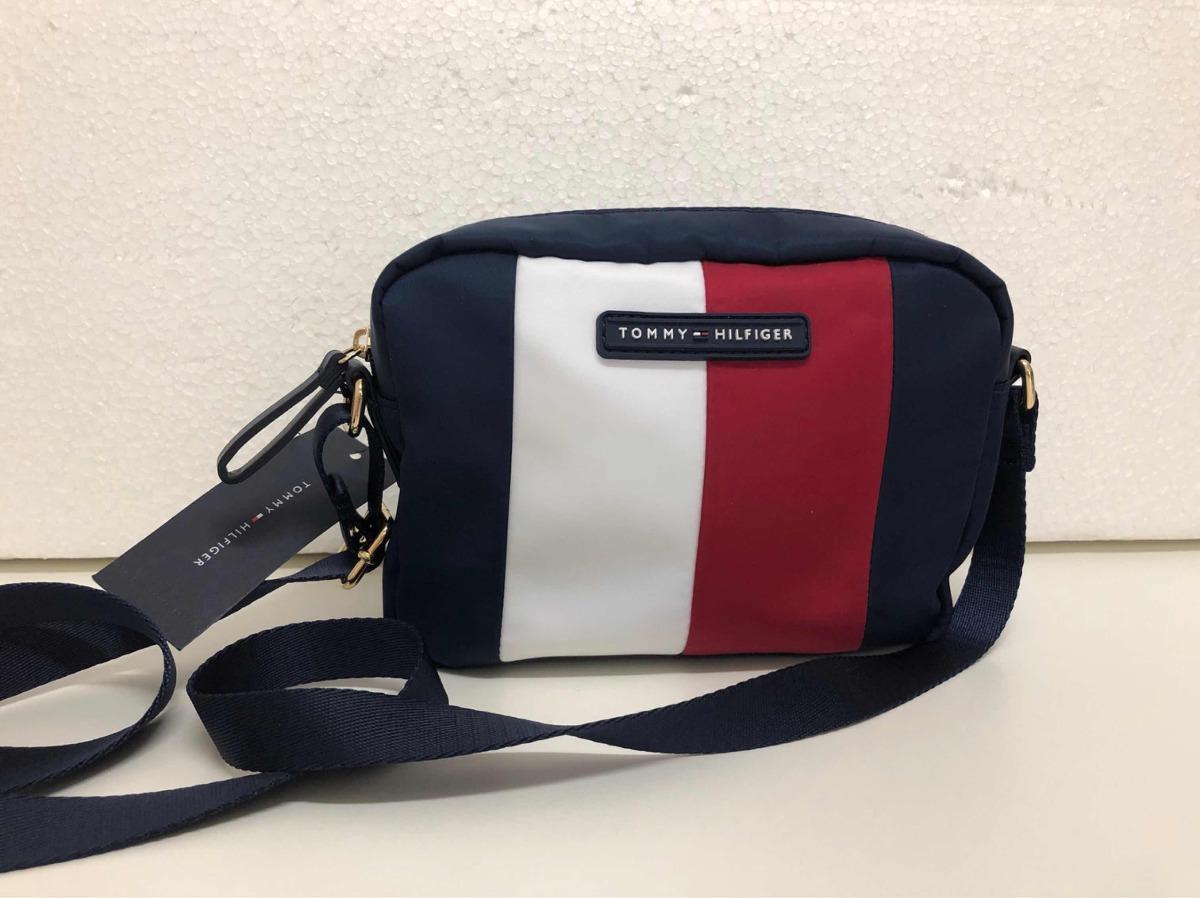 eab9555a3 Bolsa Tommy Hilfiger Crossbody Nylon Pequena - R$ 279,00 em Mercado ...