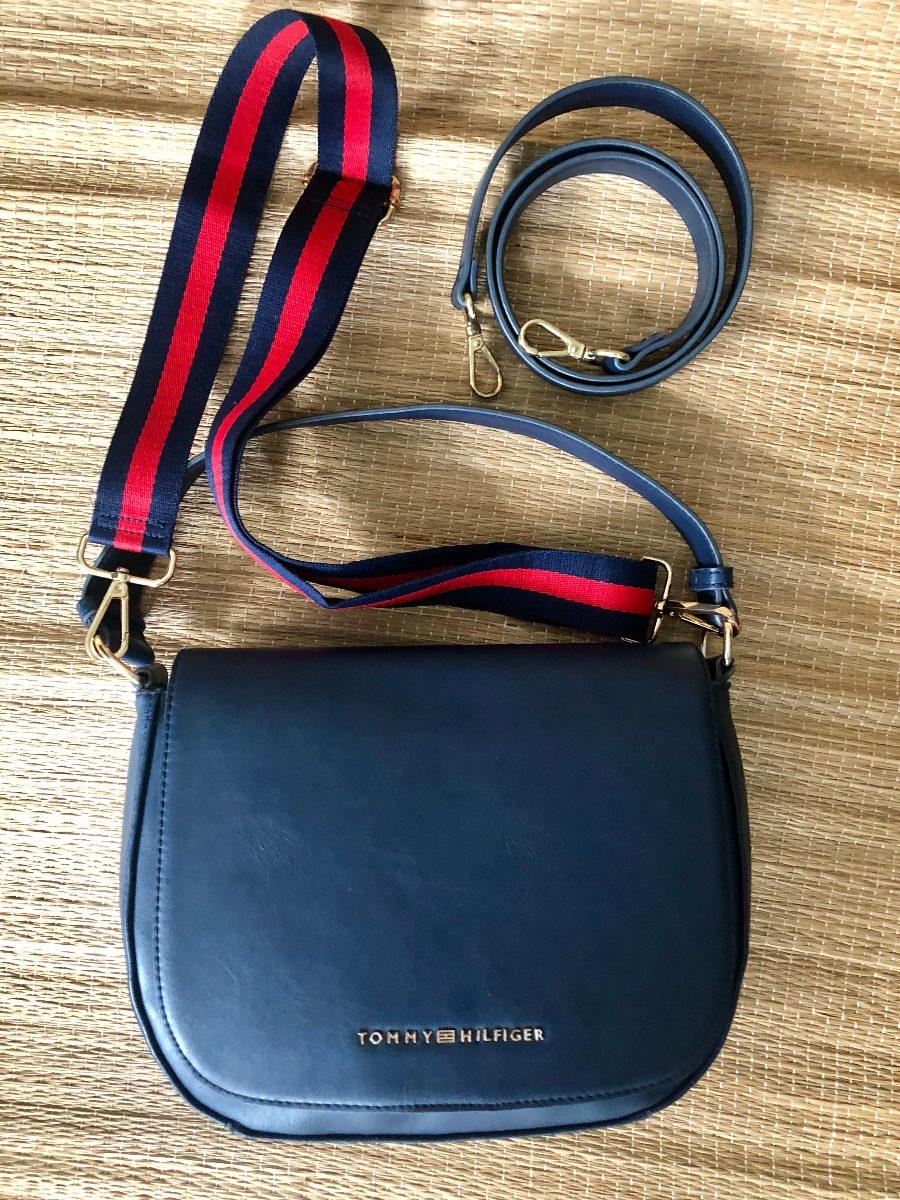 2186cf23c bolsa transversal feminina azul marinho tommy hilfiger. Carregando zoom.