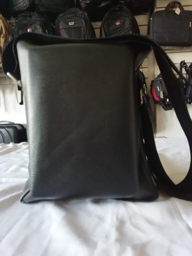 6b6648589 Bolsa Transversal Unissex (couro Sintético) - R$ 36,99 em Mercado Livre