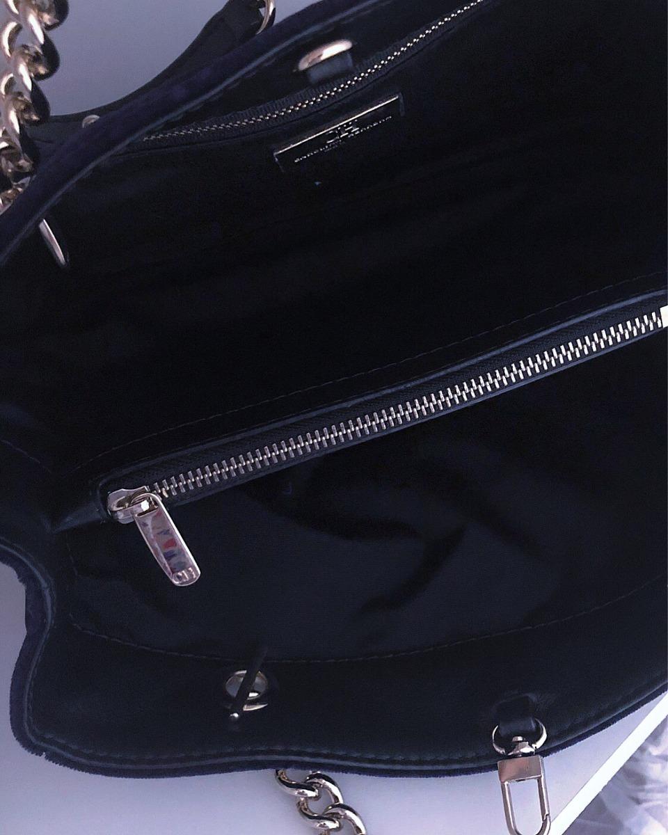 9fe5547a5a0 bolsa veludo azul - carolina herrera - original. Carregando zoom.