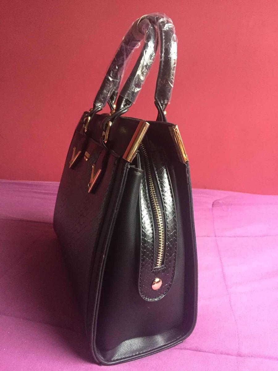 Bolsa Vogue Preta - R  200,00 em Mercado Livre 77ed59f44c