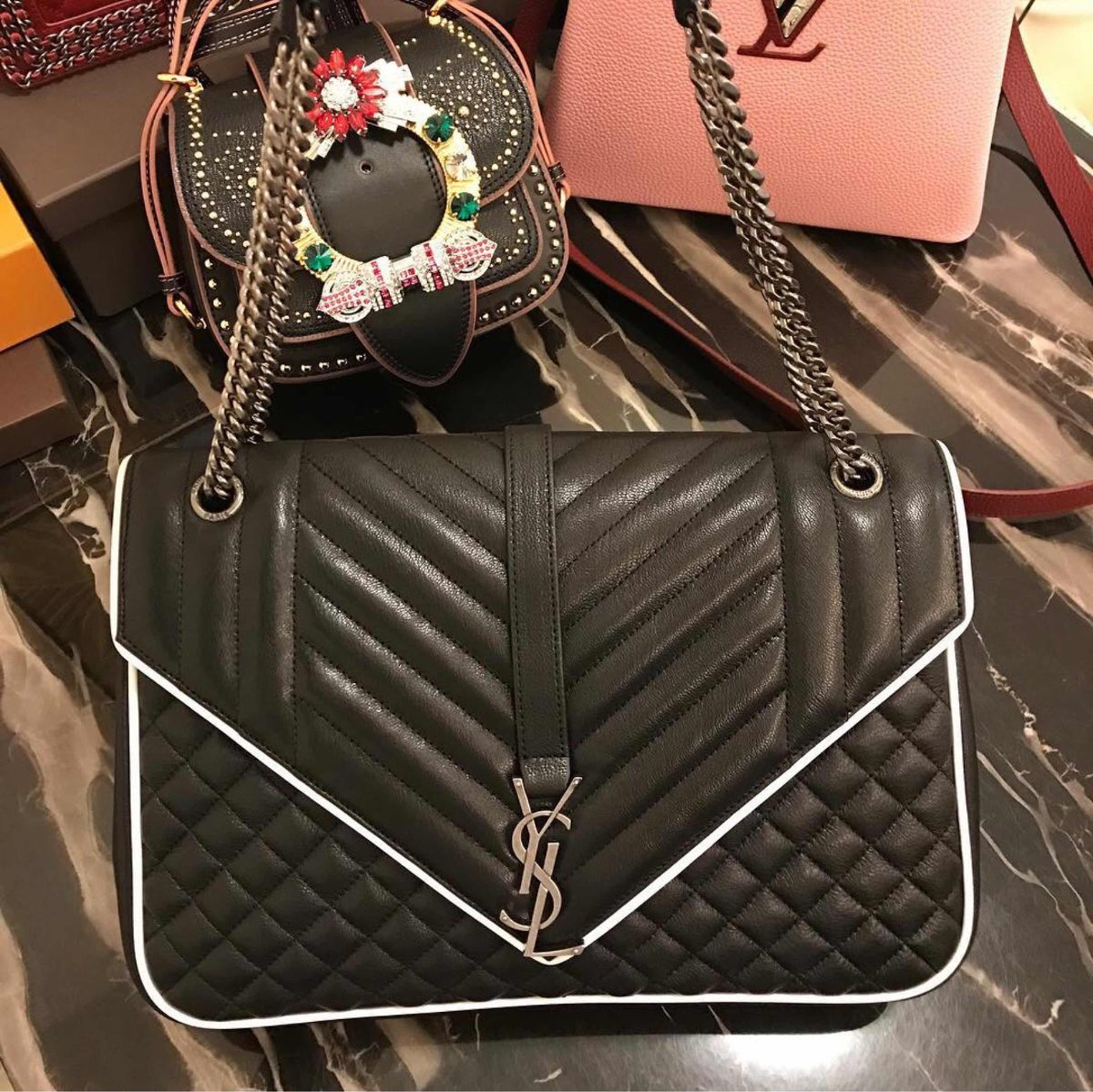 bolsa yves saint laurent evenlope 24 cm 6 500 00 en mercado libre