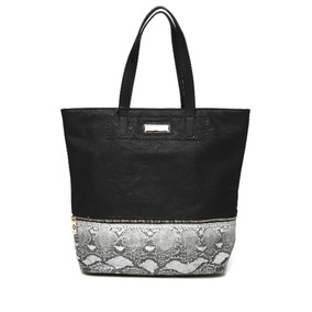 a56e7ca20 Bolsa De Shopping Perry Ellis Color Negra