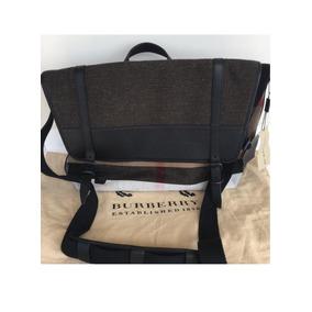 3f45029b4 Carteira Burberry Nova Comprada Na Loja Nos Usa Original - Calçados ...