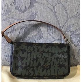 d3b95e8de Clutch - Bolsas Louis Vuitton de Couro Femininas, Usado no Mercado ...