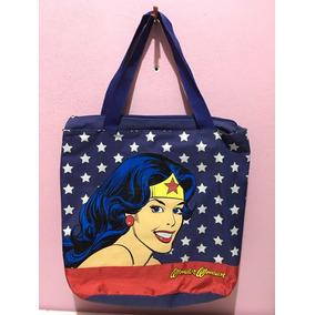 d4841f9f4 Wonder Woman Iron - Calçados, Roupas e Bolsas, Usado no Mercado ...
