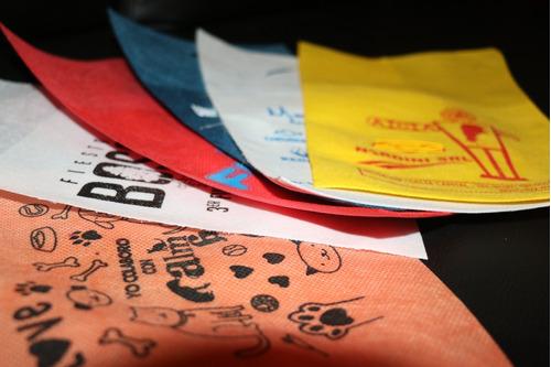 bolsas de friselina para auto con o sin logo personalizadp