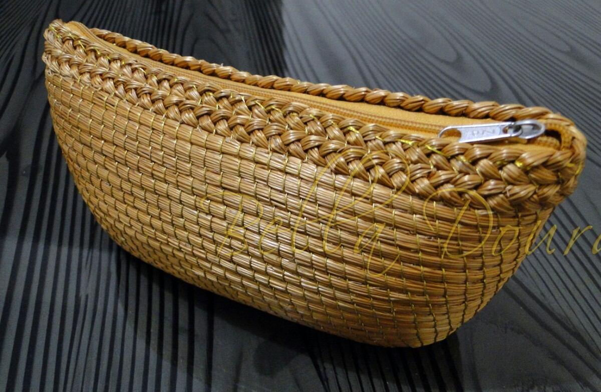 5778e8d91 Bolsas De Mão Em Capim Dourado. - R$ 60,00 em Mercado Livre