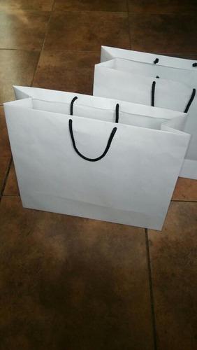 bolsas de papel blanco 35x28x10 110gr manijas de cordón