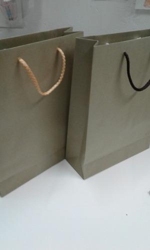bolsas de papel kraft 22x30 x8 $14