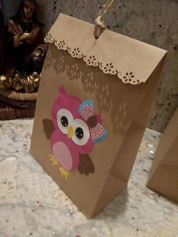 44d154201 bolsas de papel kraft cotillón regalo fiesta cotillones. Cargando zoom.