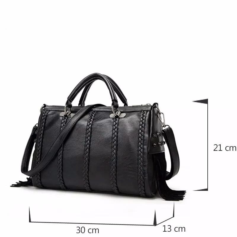 c647bf67b bolsas femininas importada marca famosas couro pu franjas. Carregando zoom.