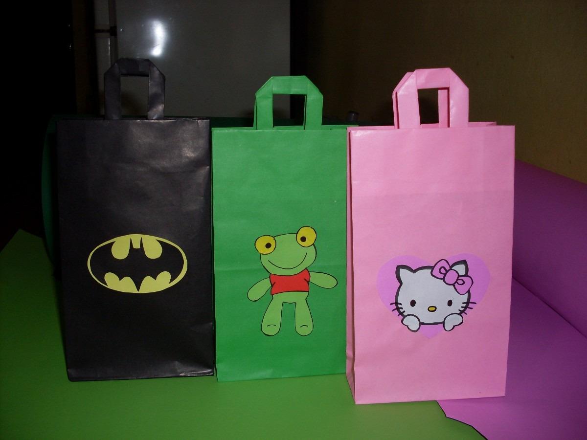 2da0c212b Bolsitas De Papel Para Cumpleaños Sapo Pepe, Kity, Batman - $ 120,00 ...