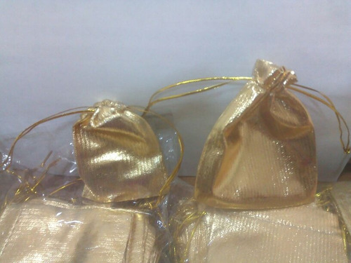 bolsitas sinteticas para regalos y guardar prendas paq 50