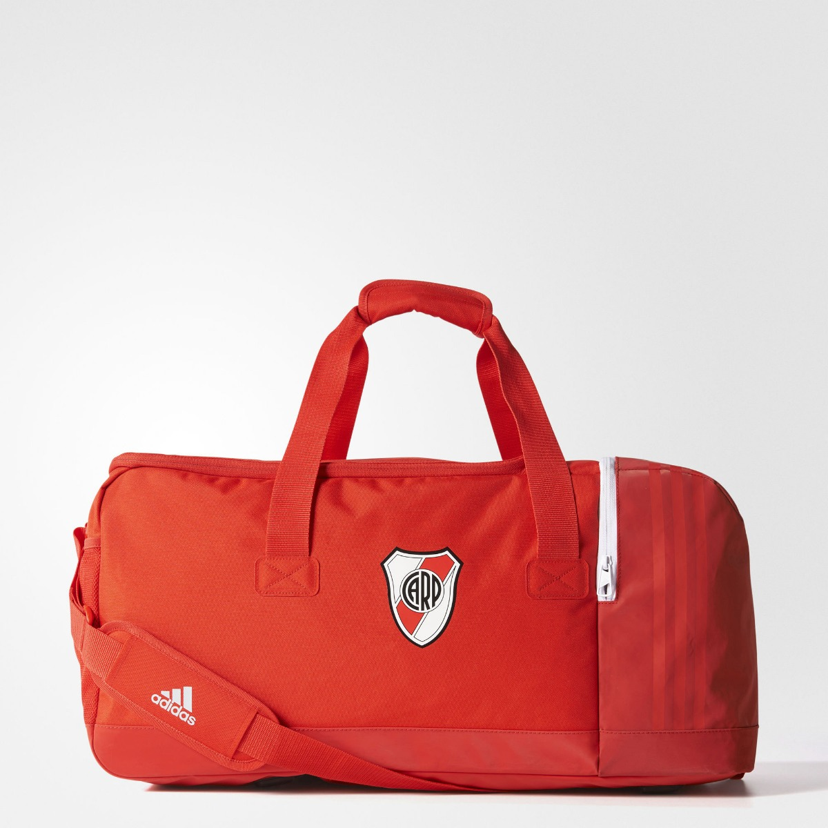 a6d47a8f0 Bolso adidas River Plate Medium Futbol 2018 - $ 1.700,00 en Mercado ...