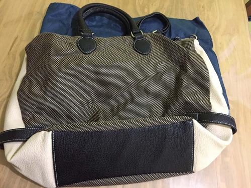bolso, cartera de blaque. muy buen estado. muy poco uso