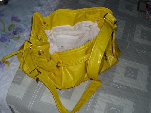 bolso cartera , practico y comodo.- nuevo!!!