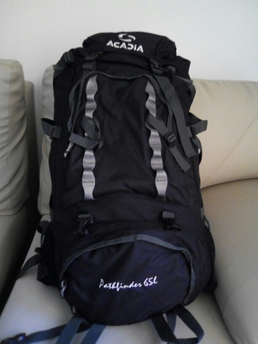 bolso de excursión morral viajero acadia 65 lts