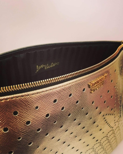 bolso de mano dorado victoria secret