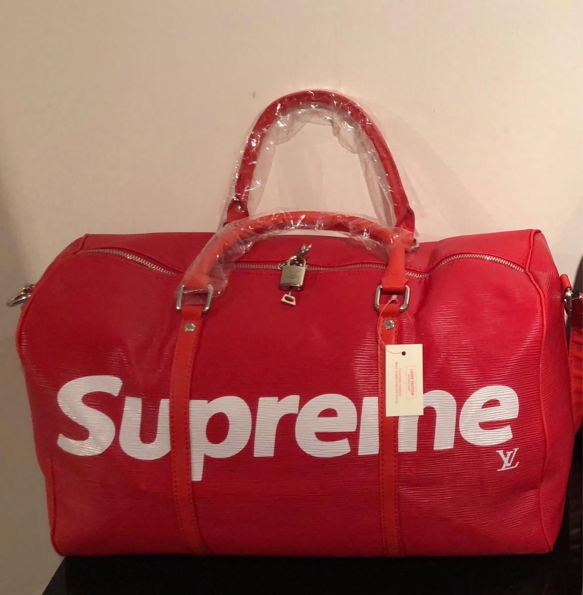 nuevo producto 924a2 9ee80 Bolso De Viaje Supreme X Louis Vuitton Con Bolsa De Tela Lv