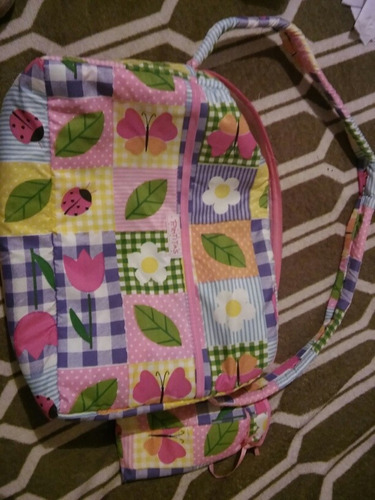bolso maternal nuevo. con porta mamadera
