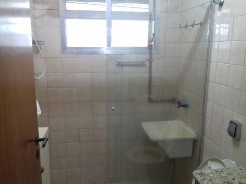bom apartamento no centro de itanhaém 50m do mar - ref 3201