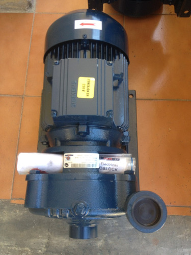 bomba centrifuga marca i.h.m. 7,5 hp motor siemens trifasico