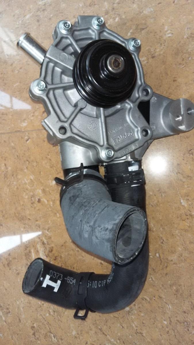 Bomba De Agua Ford Fusion Y Escape Motor V6 3 0 Original