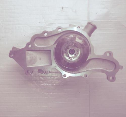 bomba de agua ford tauro 3.0 original