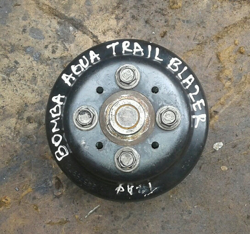 bomba de agua trail blazer 6 cilindros con polea