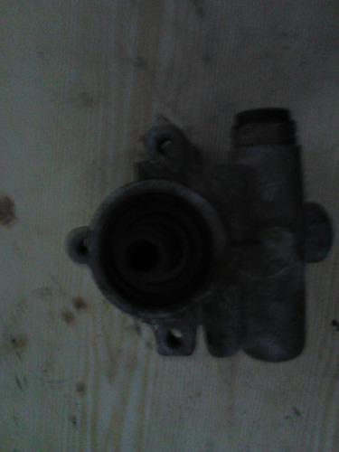 bomba de direccion de corsa