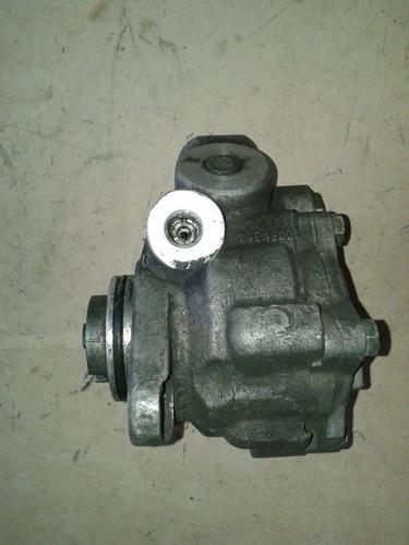 bomba de dirección para camion iveco turbo daily