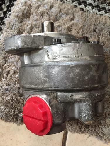 bomba de engranes hidráulica eaton