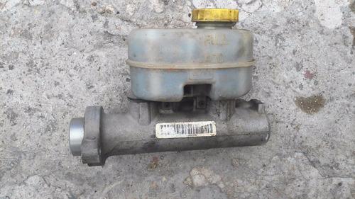 bomba de freno nissan tsuru 3 con deposito 95-15