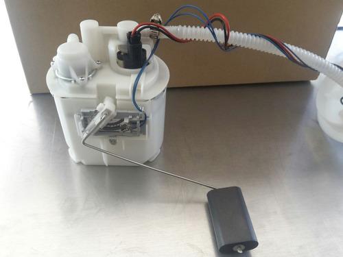 bomba de gasolina ford focus 2000-2001 2.0l. una salida