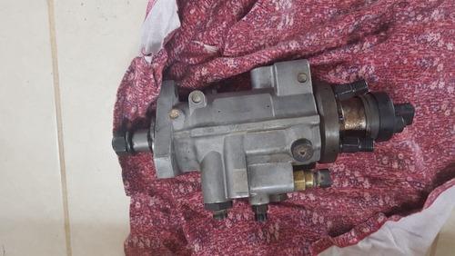 bomba de inyeccion para retroexcavadora