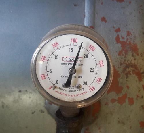 bomba de vacío gast modelo  0822-v24-g271x