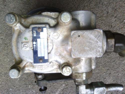 bomba dirección hidráulica cf600 internacional 124bar