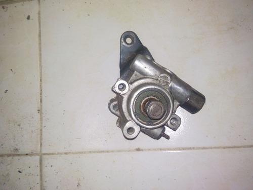 bomba dirección hidraulica mazda 626