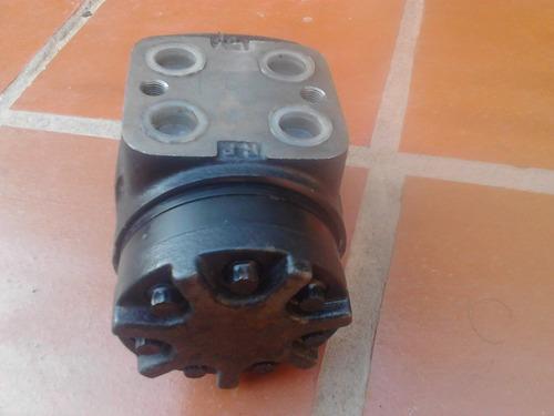 bomba dosificadora hidraulica direccion manual (orbitron)